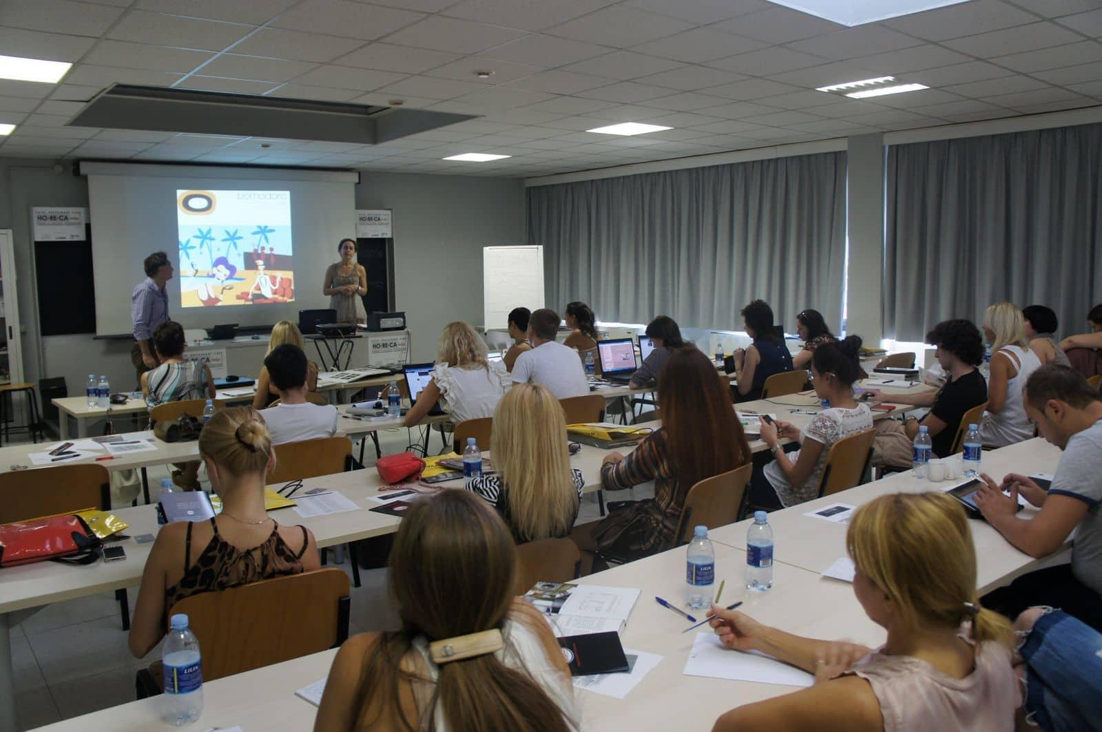 Gioielli e accessori i corsi del poli design l 39 orafo for Design gioielli milano
