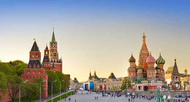 russia sunset-st-basils-cathedral-red-square-moscow_main