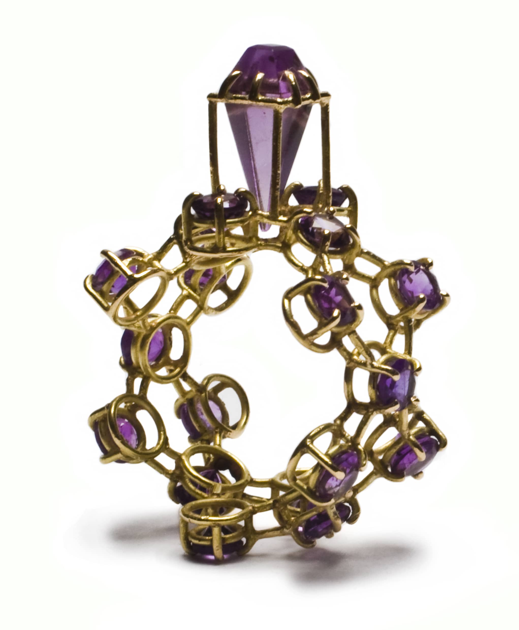 Artistar Philip Sajet, Amethyst purple ring